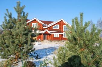 Продается дом 350 кв.м с участком 40 соток на берегу реки