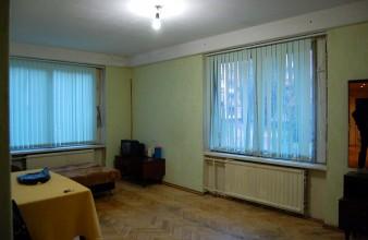 Продаётся комната размером с полквартиры