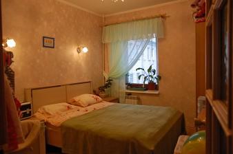 Продается четырехкомнатная квартира 80 кв.м в кирпичном доме с капремонтом на Васильевском острове
