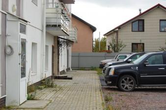 Между городом и КАДом - продаётся 3 к.кв в малоэтажном комплексе в Заневке