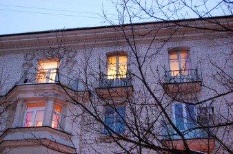 В прямой продаже комната 20 кв.м в сталинке у метро Московская