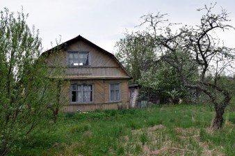 Продаётся дача 6 соток с двумя домами, 50 км от города