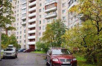 Продаётся большая 72 кв.м трехкомнатная возле парка Сосновка, Тихорецкий пр-кт