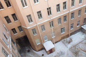 Три комнаты в четырехкомнатной перспективной коммуналке на Большом пр. П.С.