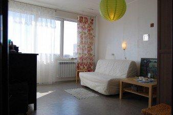 Продажа комнаты 13,2 кв.м в малонаселенной 3-комн. квартире в зелёном районе, южная сторона
