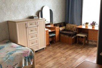 Продаётся однокомнатная с ремонтом и мебелью в Кировске, Ленобласть