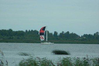 Продается земельный участок 15 соток ИЖС в месте впадения реки Волхов в Ладожское озеро